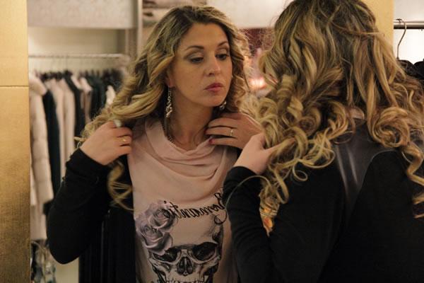 la Fashion Blogger Cristina Lodi con orecchini Zoppini