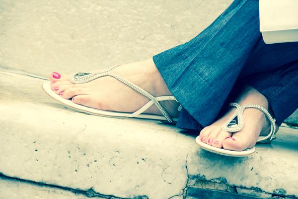 La Fashion Blogger Cristina Lodi indossa sandalo Loriblu
