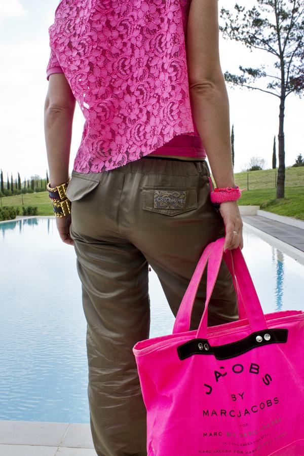La Fashion Blogger Cristina Lodi con pantalone bunny CristinaEffe