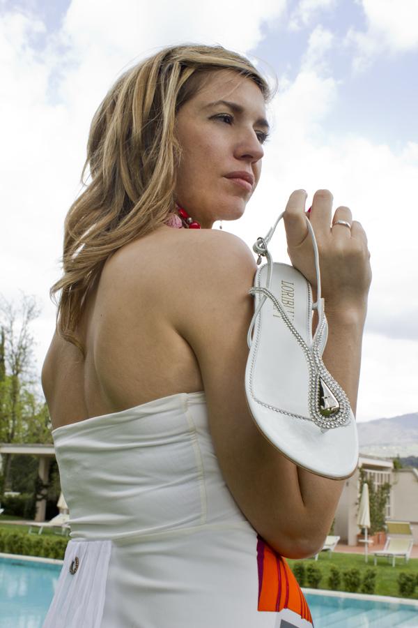 La Fashion Blogger Cristina Lodi con sandalo Loriblu