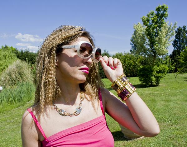 La Fashion Blogger Cristina Lodi con bracciali Ikonika