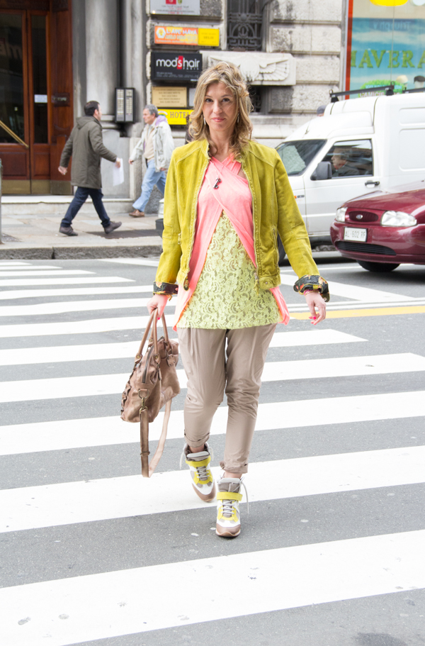 Cristina Lodi con pantaloni Manila Grace