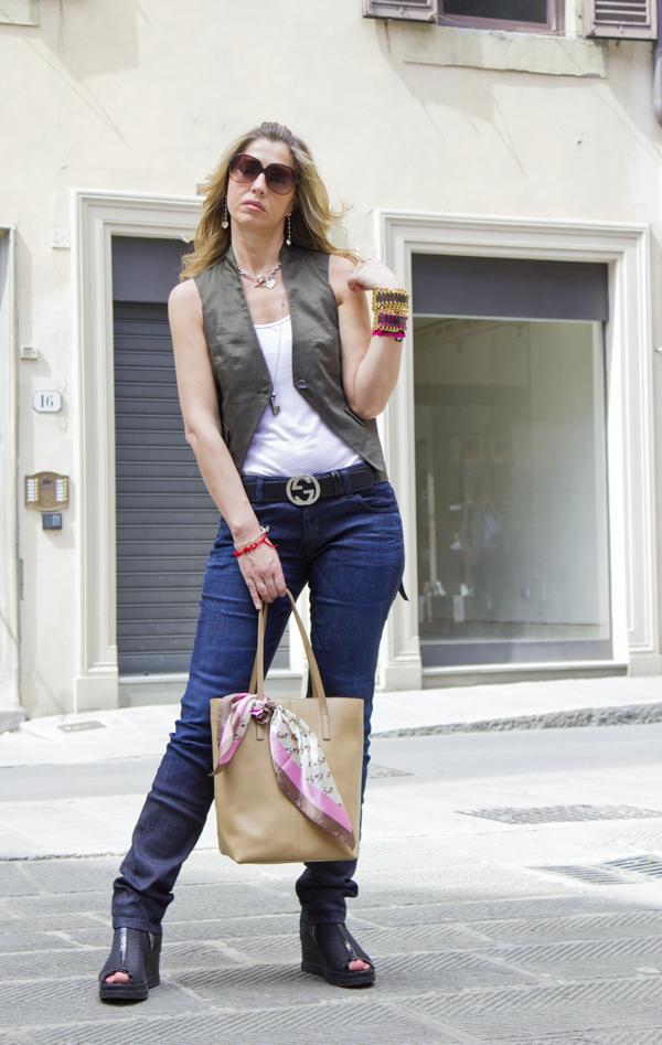 """La Blogger Cristina Lodi propone un """"Fashion look on the road"""""""
