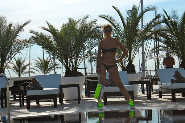 La Fashion Blogger Cristina Lodi indossa MC2 Saint Barth