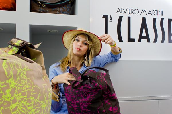 Cristina di 2 Fashion Sisters da Alviero Martini 1 Classe