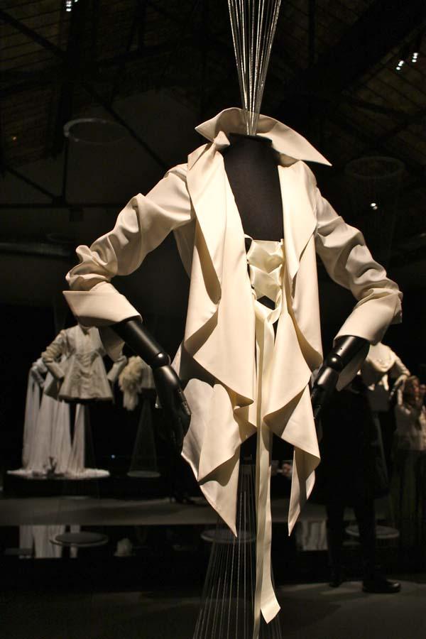 museo del tessuto, la camicia bianca secondo me, ferre