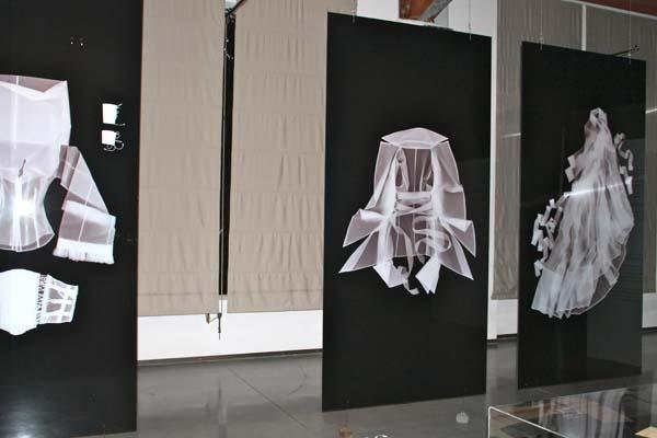 museo del tessuto, la prato, camicia bianca secondo me, ferre, 2 fashion sisters