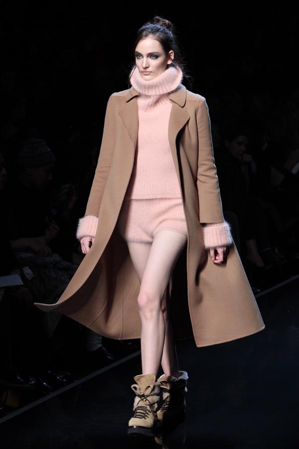 fashion show ermanno scervino, 2 fashion sisters