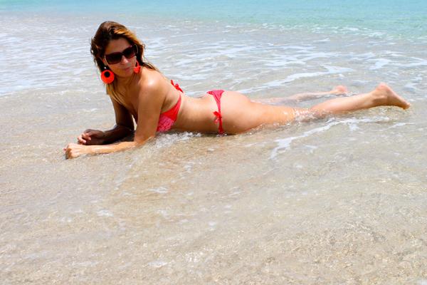 bikini 77, 2 fashion sisters, i migliori fashion blogger, keyonna beach, caraibi