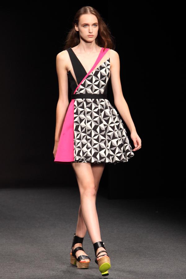 9 byblos, mfw, 2 fashion sisters, fashion show