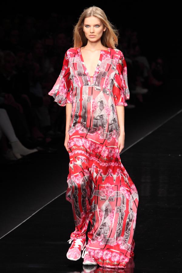 11 sfilata john richmond, 2 fashion sisters, ss2015