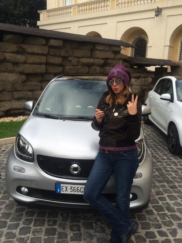 Cristina Lodi, giubbotto seventy, jeans Roy Roger's, test drive, roma, cappello cristinaeffe