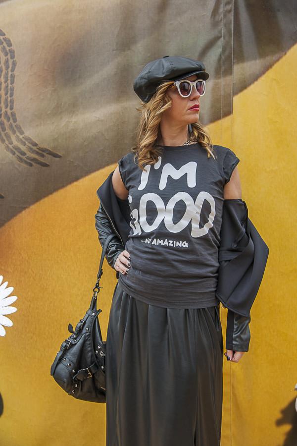 Cristina Lodi, cappello Doria 1905, 2 fashion sisters, t-shirt Happiness Brand, Athina Lux