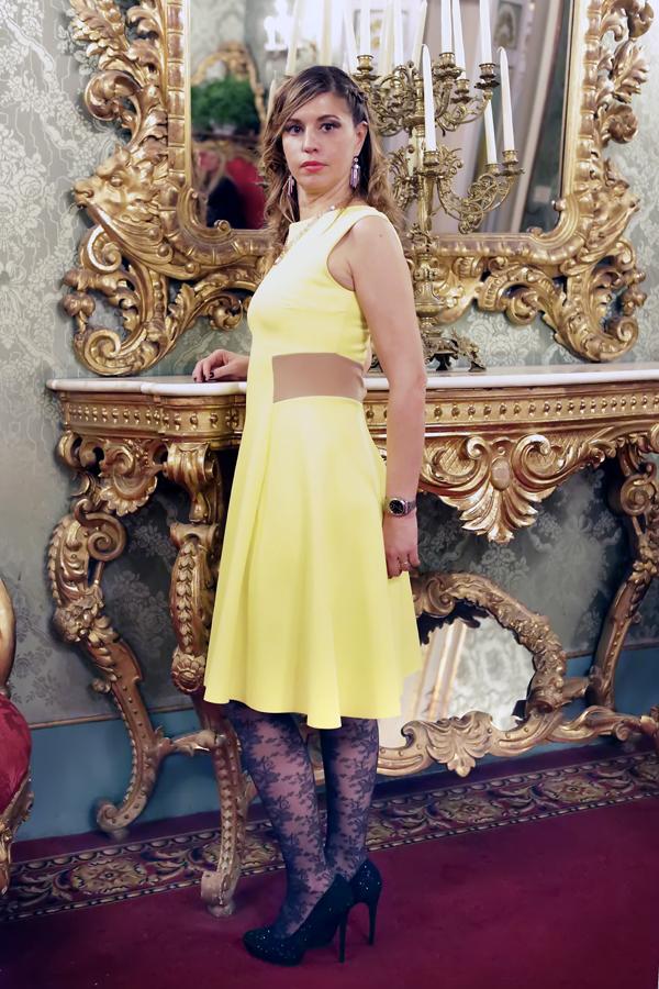 Cristina Lodi, scarpe luciano barachini, abito Christies, palazzo borghese, immagine italia