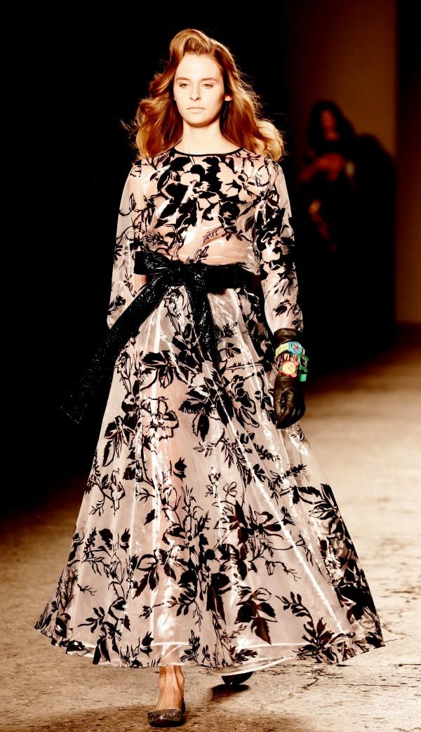 12 Leitmotiv, 2 fashion sisters, mfw