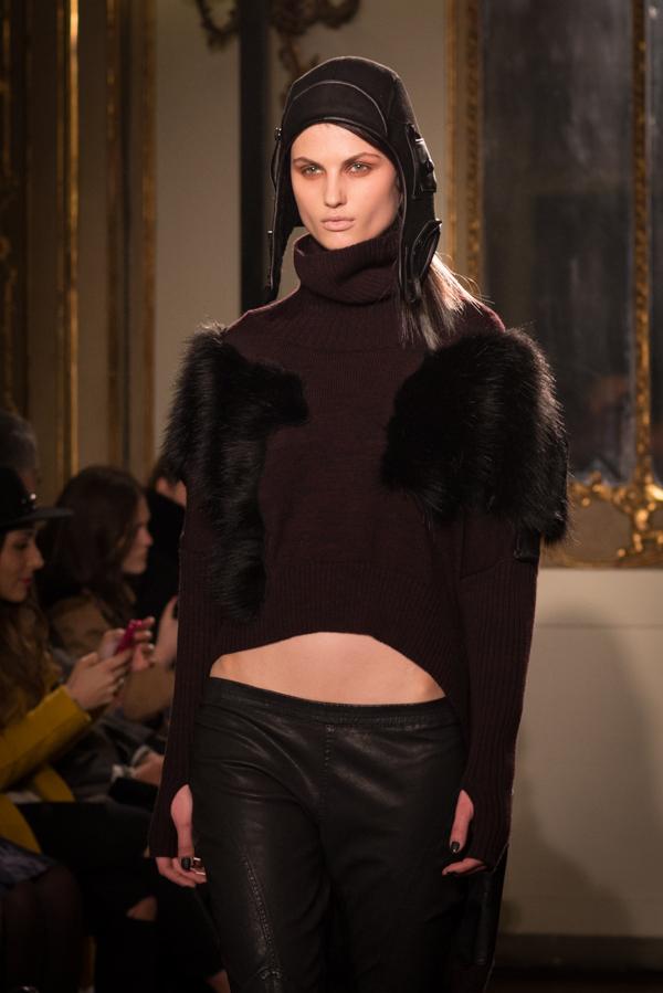 2  Sfilata Nicholas K Autunno-Inverno 2015-16, DHL EXPORTED, 2 fashion sisters, mfw, fashion show