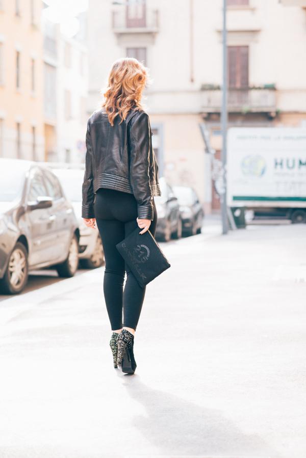 Cristina Lodi, 2 fashion sisters, leggings, scarpe luciano barachini, giubbotto cristinaeffe