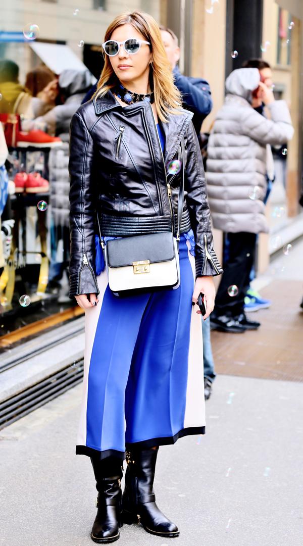 Cristina Lodi, gioielli Miranda Konstantinidou, CristinaEffe top blu, occhiali athina lux, boots luciano barachini