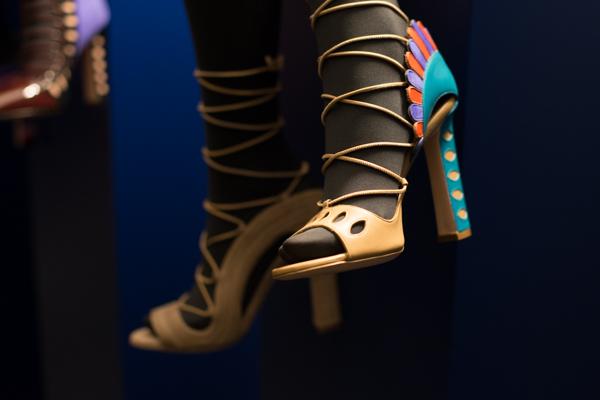 mfw, shoes Paula Cademartori, 2 fashion sisters