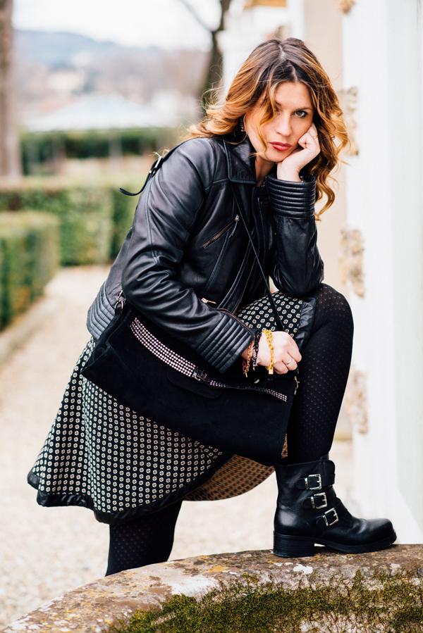 Cristina Lodi, abito CristinaEffe,giacca di pelle CristinaEffe, borsa Loriblu, boots Luciano Barachini, bracciale t'incateno