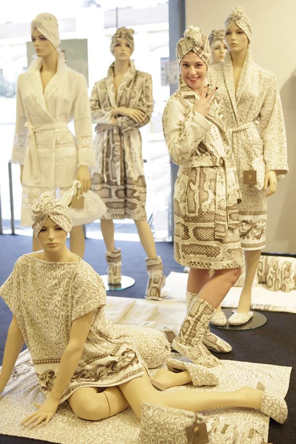 cristina lodi, 2 fashion sisters, immagine italia, luna di giorno