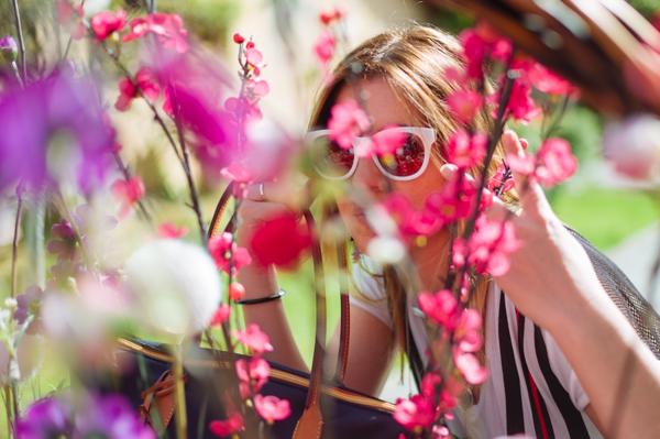Cristina Lodi, 2 fashion sisters, fashion blogger, Samsung Galaxy Note 4, smartphone, occhiali Athina Lux, borsa roberta pieri