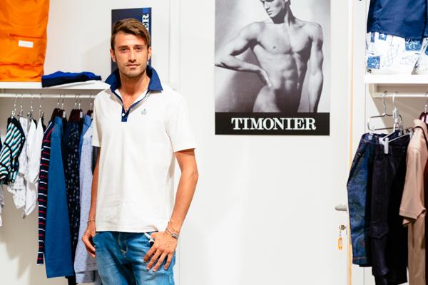 Luigi Samele, timonier, 2 fashion sisters