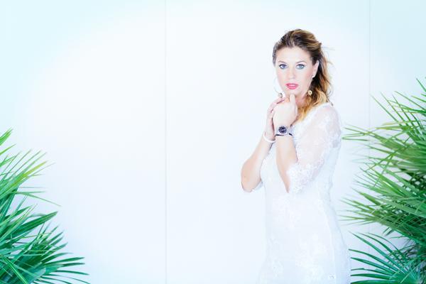 cristina lodi, models, testimonial, abito pizzo bianco danapisarra