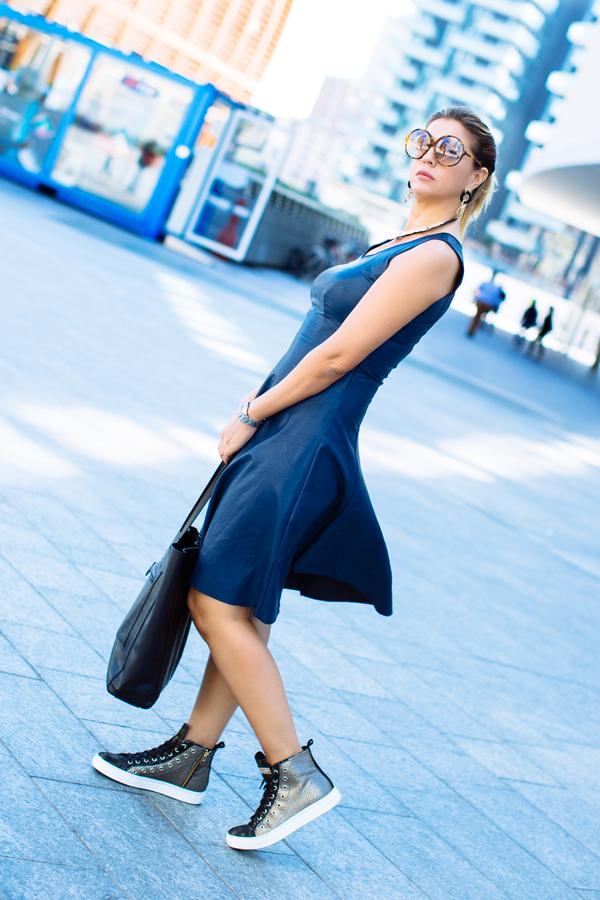 Cristina Lodi, abito ecopelle Grazia 'Lliani, sneakers stokton, borsa fabriano boutique, i migliori fashion blog