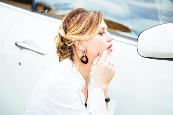 Cristina Lodi, camicia bianca john richmond, mfw, maserati, zoppini