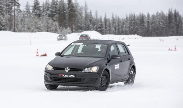 pneumatici invernali, yokohama, test drive, W.drive V905, auto