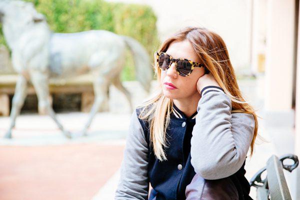 Cristina Lodi, giacca college two play, occhiali athina lux, ville sull'arno