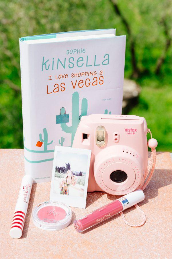 Cristina Lodi, Sophie kinsella, bottega verde, Un gloss, un blush, fotocamera INSTAX