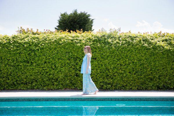 Cristina Lodi, pantalone in tessuto fantasia, copricostume, grazia 'lliani, villa olmi resort
