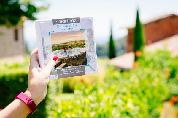 2 fashion sisters, cofanetti smart box, vacanza, travel blogger, cofanetto regalo