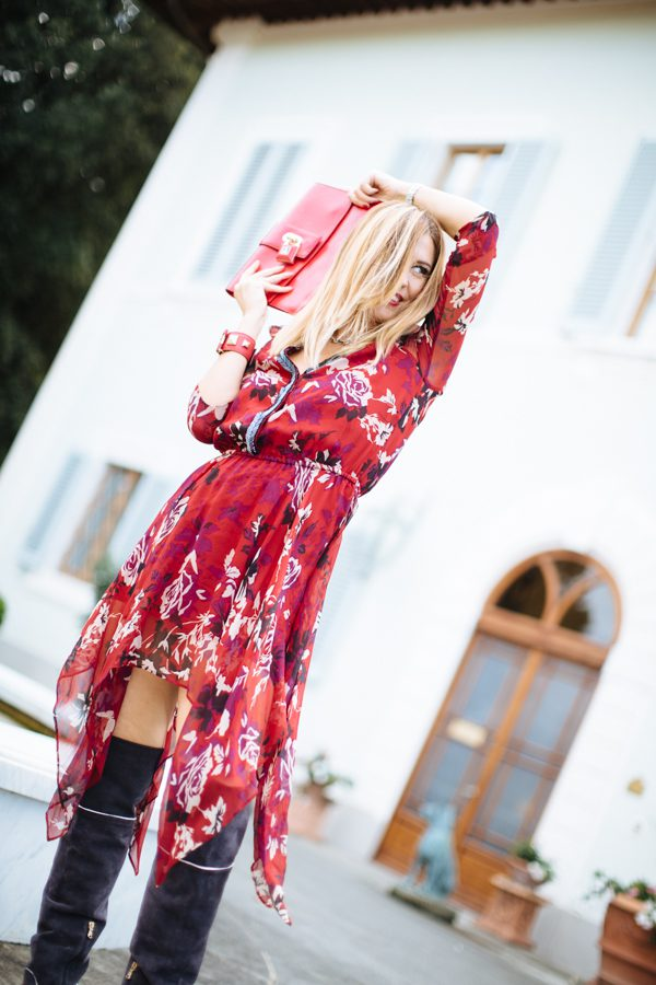 cristina-lodi- chi summer tour -villa-olmi-abito-corto-rosso-patrizia-pepe-chi-summer-tour-fashion-blog